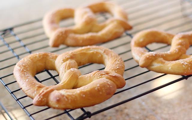 Mall_pretzels