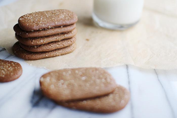 stefan's ginger molasses cookies   elephantine