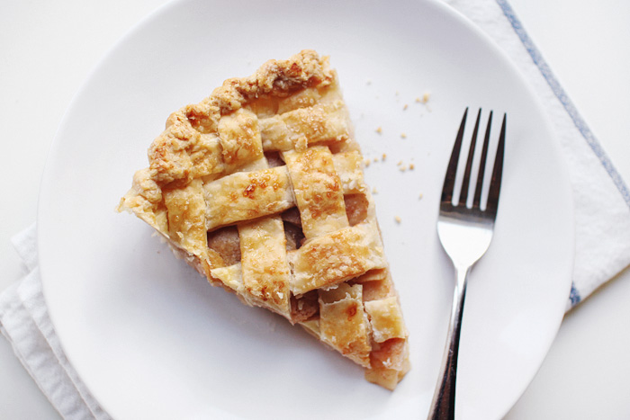 how to make an inorganic apple pie