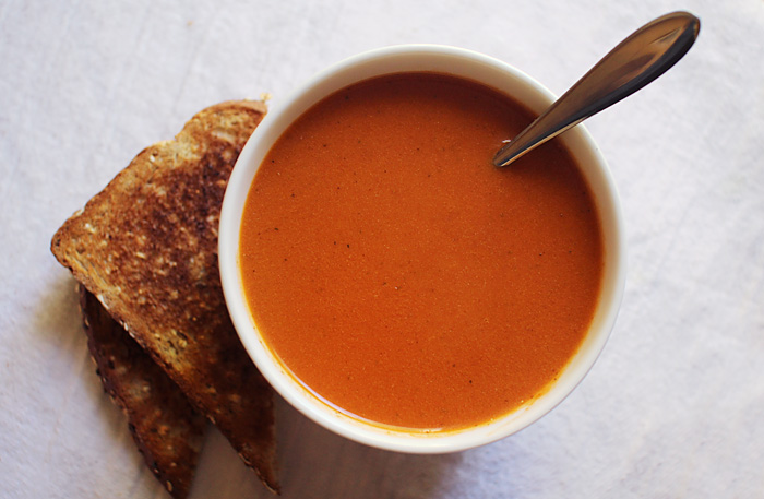 roasted tomato soup | elephantine