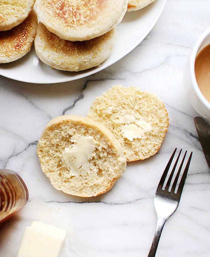homemade english muffins   elephantineblog.com